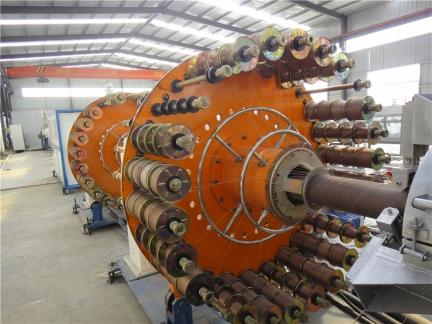 钢丝网骨架塑料复合管厂家 生产现场3